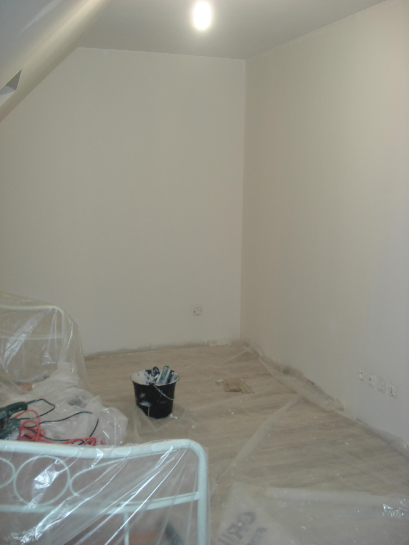 Une chambre toute blanche